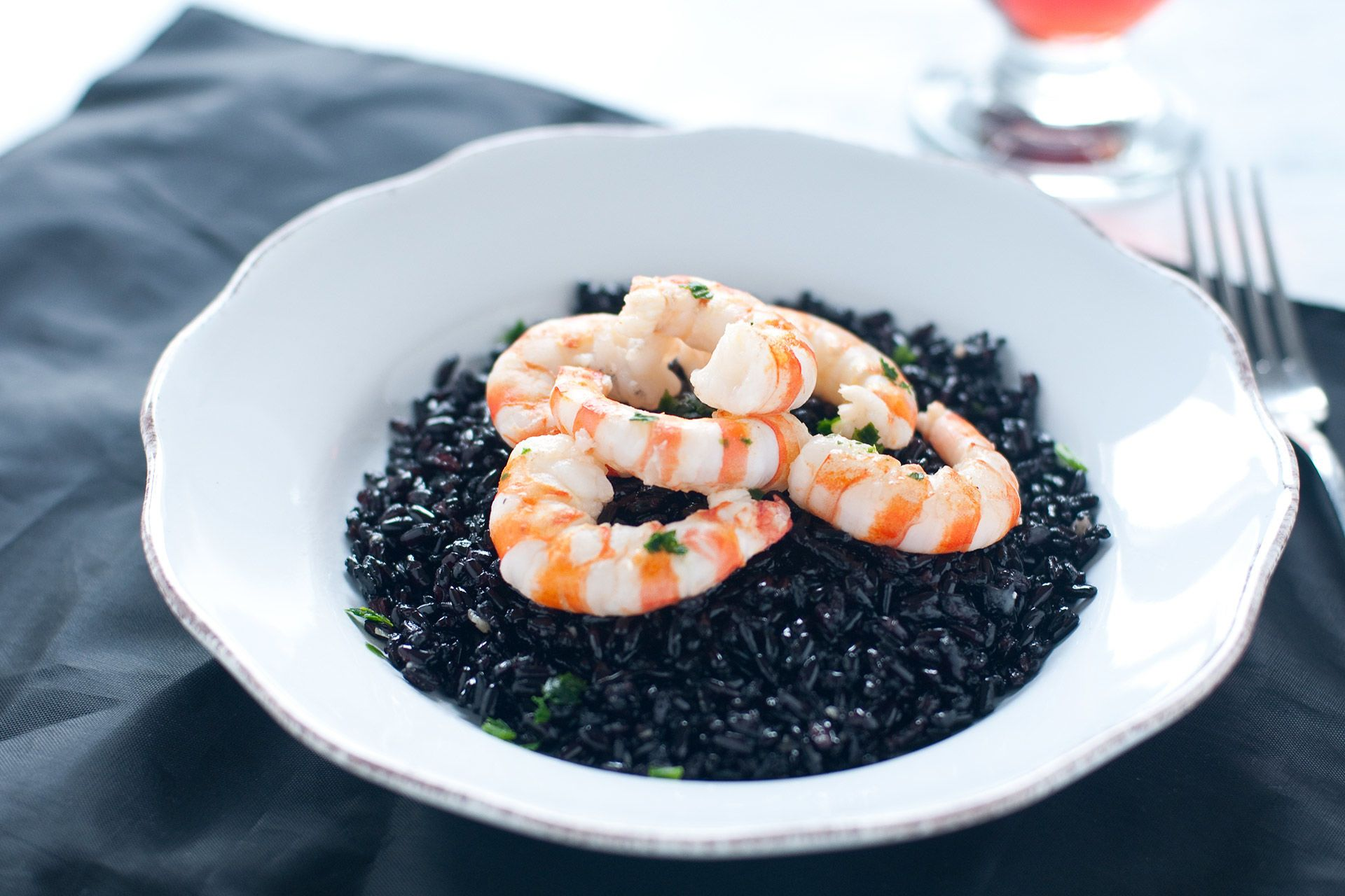 Black rice with prawns